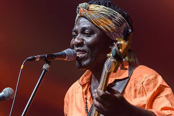 Richard-Bona-musicista-jazz